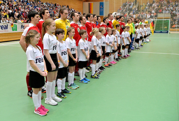 EuroHockey Indoor Championships, Men and Women, is extended from 8 to 10 teams from 2024 onwards